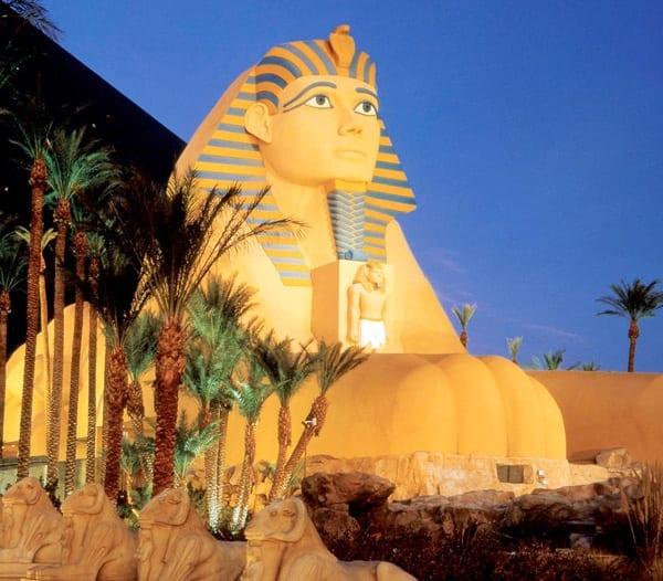Luxor Las Vegas Casino Review | Best Sin City Hotel & Flight Deals